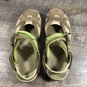 a46aa6473105 Merrell Shoes - Merrell Azura Otter Sandals closed toe sz 8 shoes